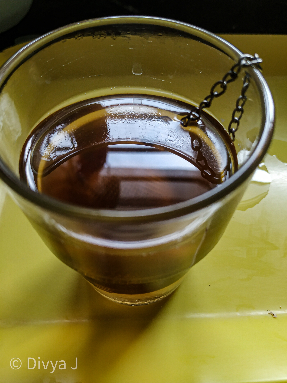 Glass shot of Tea Trunk Apple spice black tea