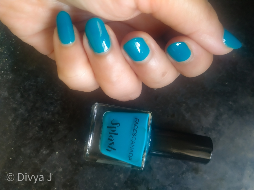 Nails and the bottle pic of Faces Canada Splash Nail Enamel nautical girl